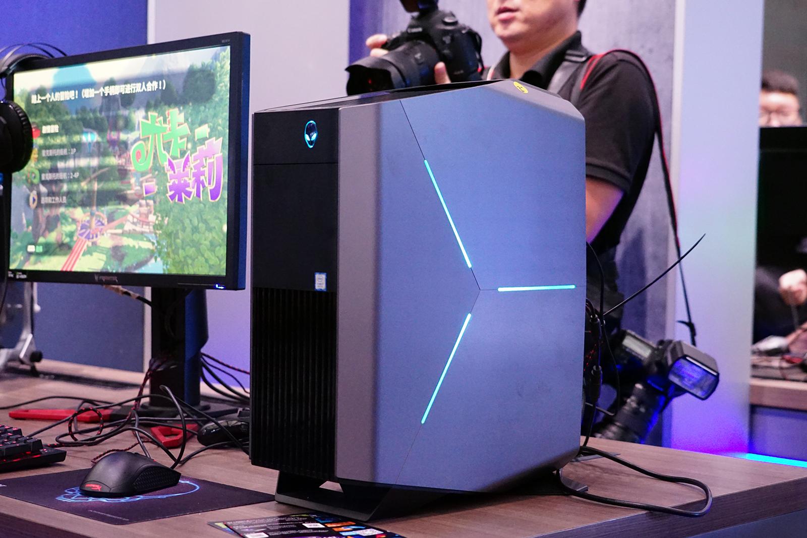 迷你身材幻彩灯光 酷睿i7加持炫酷主机Alienware Aurora